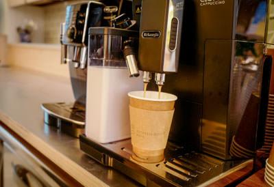アップルパイとコーヒーでのカフェ利用も